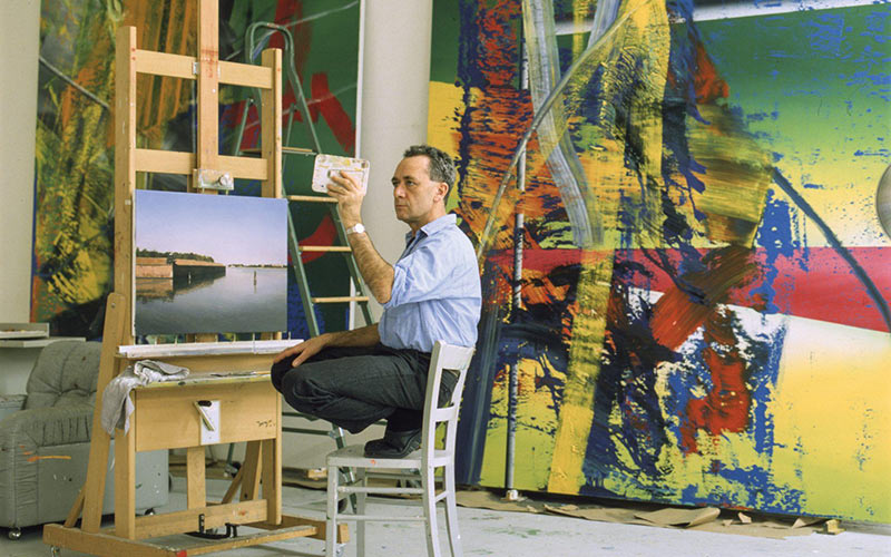 an insightful film by Corrina Belz exploring artist gerhard richter and his studio practice